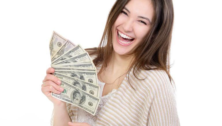 Slots Magic, yeni oyuncularına 2500 dolara varan bonus sunuyor