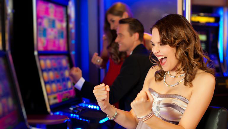 Haftanın Yedi Günü Slot Turnuvalarına katılın